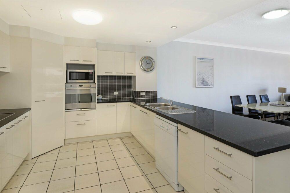 mooloolaba-luxury-accommodation-apt9 (5)